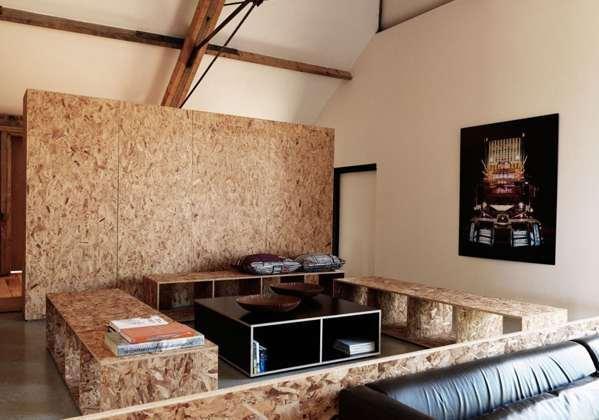 餐厅空间用不着 可以考虑改装成榻榻米小书房